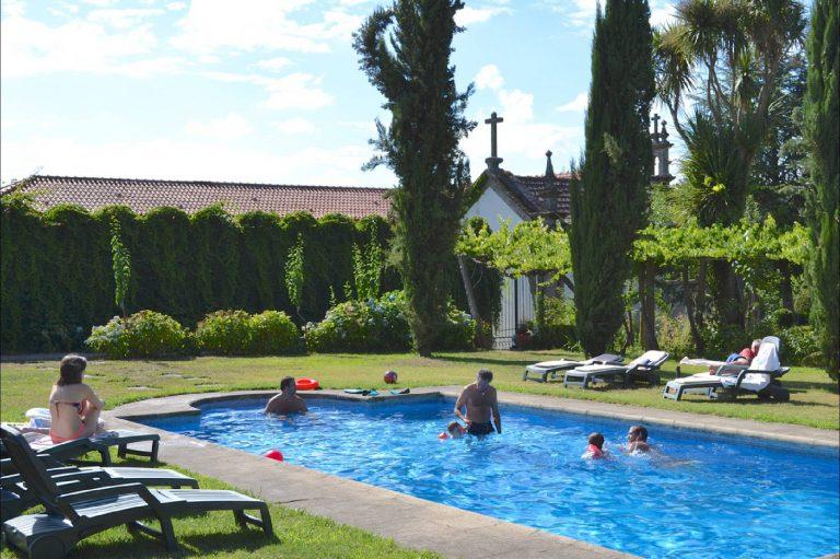 piscina-2000x133231